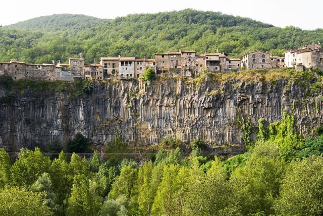 castelfollit-la-roc-pueblos