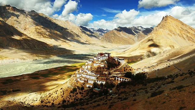 monasterio-kye-Kee-gompa-india