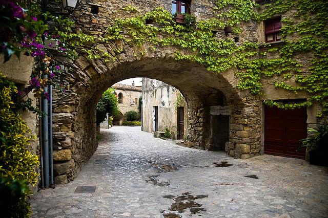 peratallada-pueblos-medievales-girona