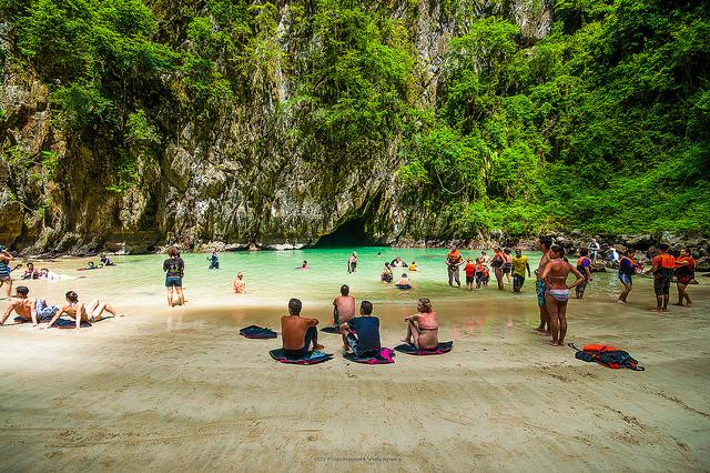 morakot-cave-thailand