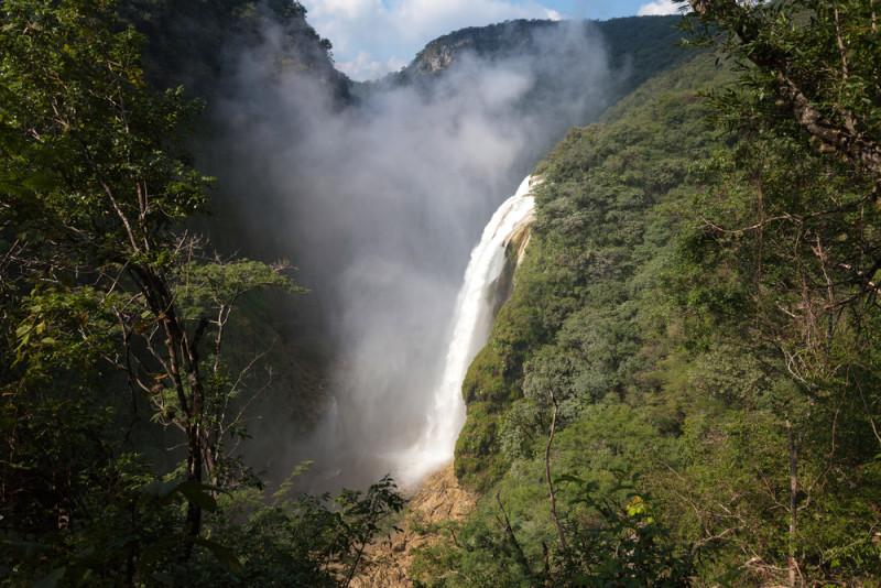 cascada-tamu-mexico