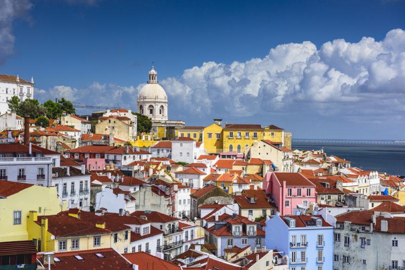 alfama-portugal