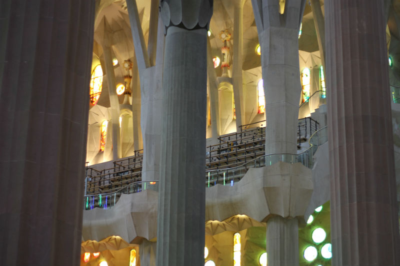 interior-sagrada-familia-06
